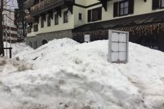Spindlermühle, eingeschneites Hotel