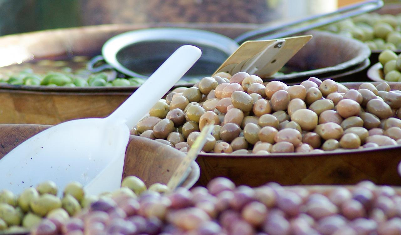Caimari – malerisches Dorf mit Öl- und Olivenmesse