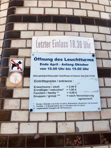 Leuchtturm Warnemünde - Das bekannte Wahrzeichen des Seebades